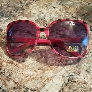 Accessories - Pink and black plaid oversized sunglasses